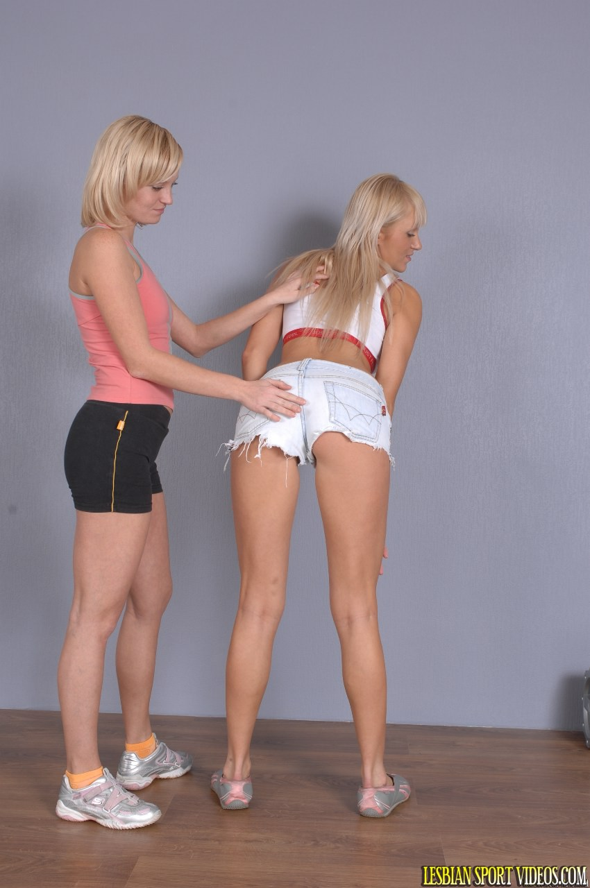 teen girls discharge out there pussys pics
