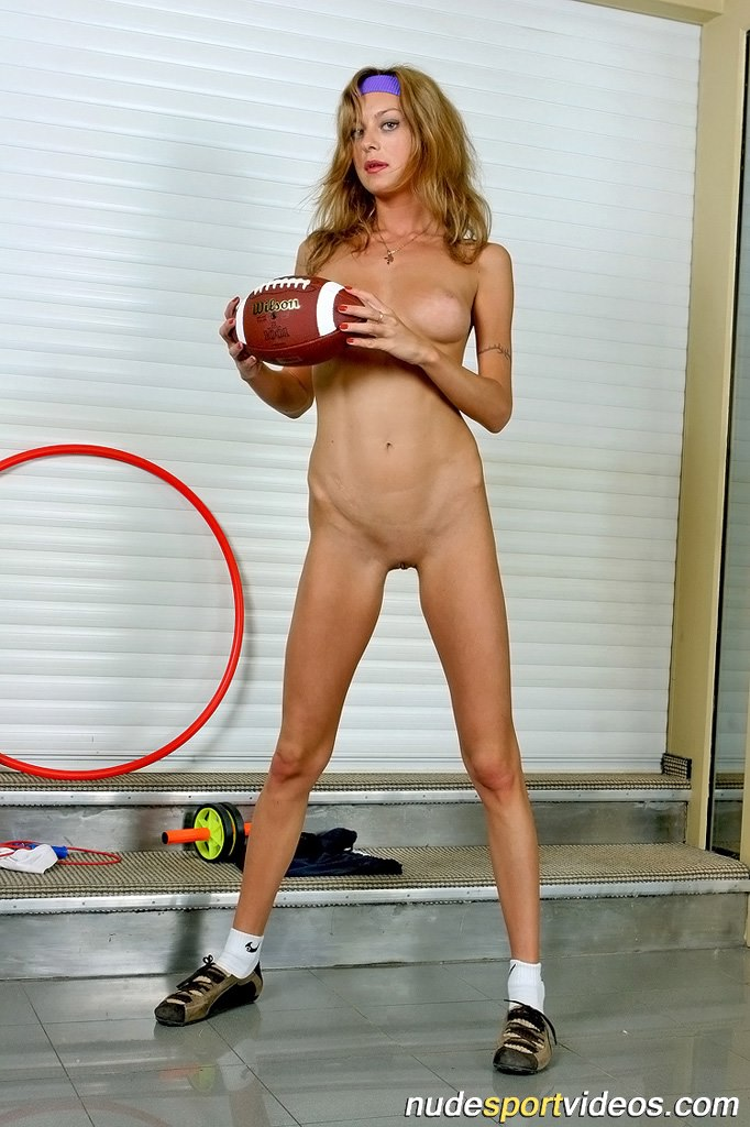 Nude pics of anne paquin