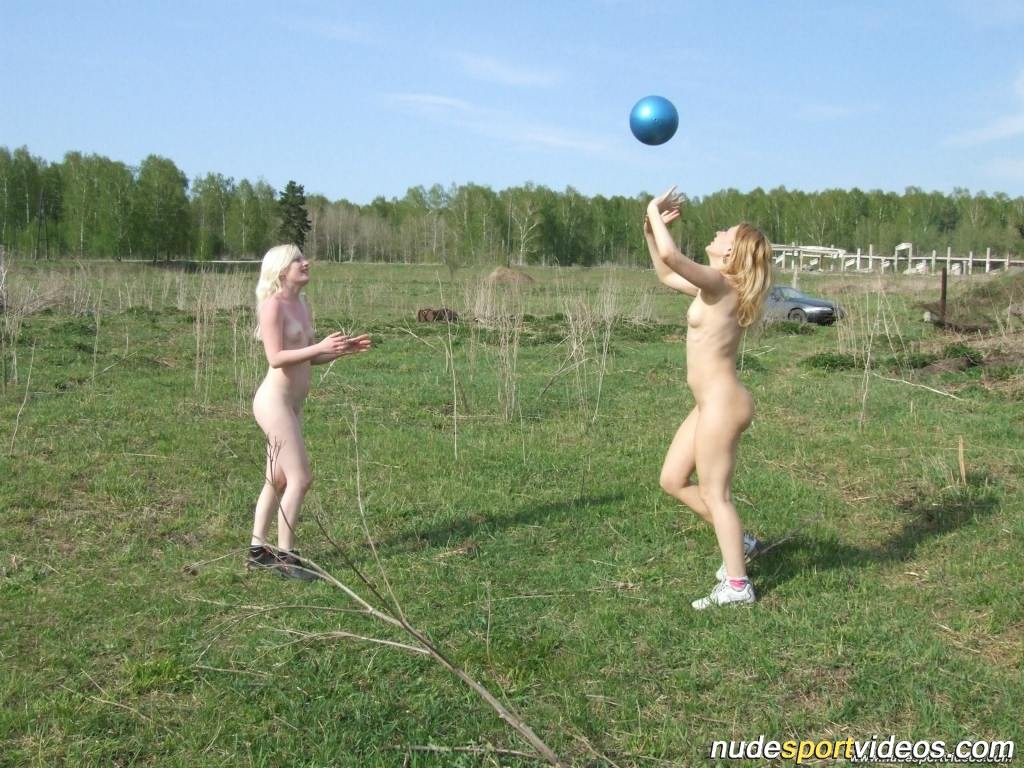 Nude Girls Ball