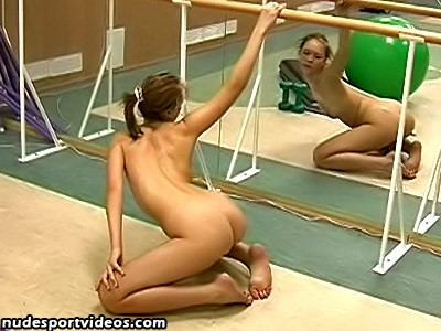 Nude Polina has fitness session in the gym