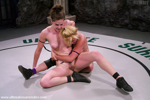 Porn legend Ginger Lynn looses in wrestling to young Starr